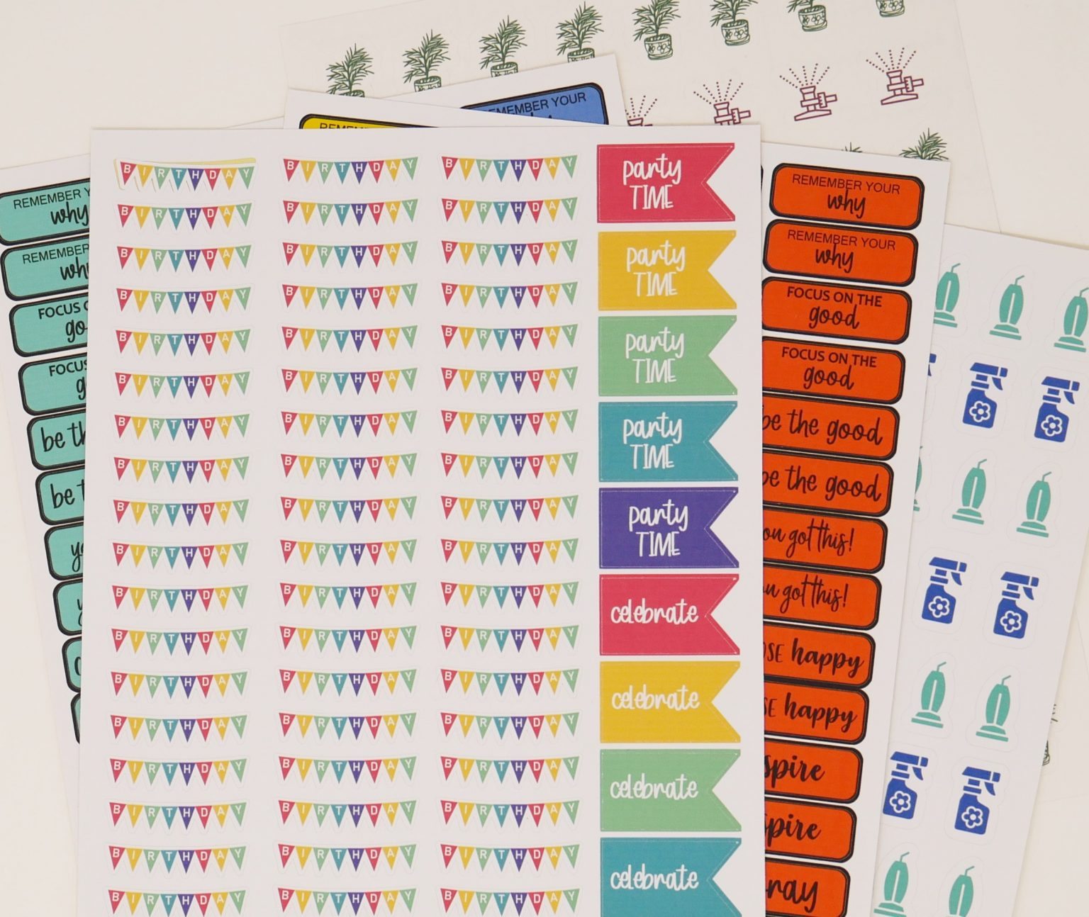 7 FREE Print and Cut Stickers to use with your Cricut.